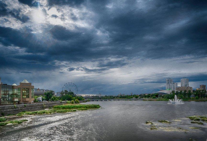 Вид на реку Миасс с Троицкого моста