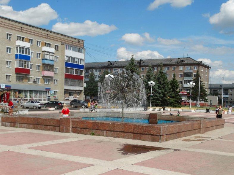 Площадь Ленинского комсомола