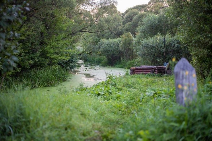 Колодец у реки